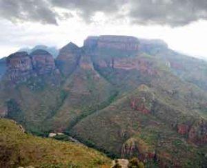 Faszinierende Landschaftsformation in den Drakensbergen: der Blyde River Canyon