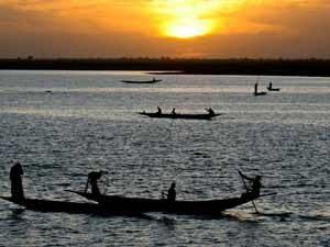 Abendlicher Blick auf den Fluss Niger