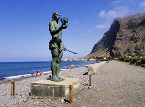 Statue in Valle Gran Rey