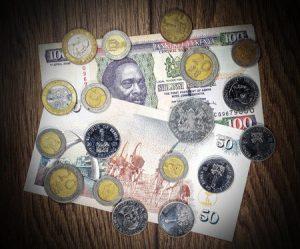 Kenia: Geld zum Einkaufen