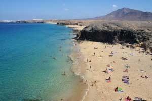 Pauschalurlaub auf Lanzarote vor Afrika