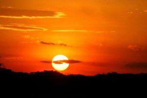 Tansania: spektakulärer Sonnenuntergang