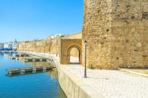 Alte Stadtmauer am Hafen von Bizerte